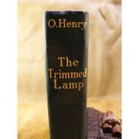 The Trimmed Lamp