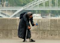 The Infirm Beggar Sings
