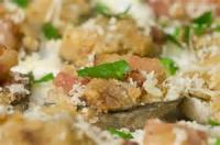 Appetizers - Seafood Clams Baked With Garlic And Cheese