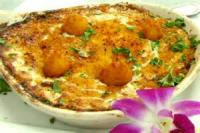 Appetizers - Seafood -  Hot Crab Dip In A Bread Basket