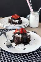 Cakesandfrostings - Cake Hot Fudge Cake