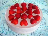 Cakesandfrostings - Cake Strawberry Mousse Cake