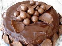 Cakesandfrostings - Cake White Chocolate Amaretto Cake