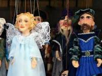 On The Playing Of Marches At The Funerals Of Marionettes