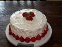 Fruit - Strawberry Cake With Fresh Strawberries