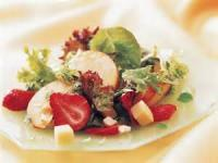 Fruit - Strawberry -  Strawberry And Gouda Salad