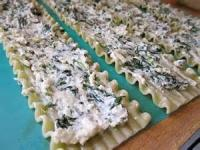 Pasta And Pastasauces - Spinach And Ricota Cheese Lasagna Roll Ups
