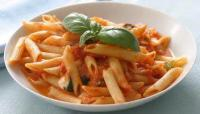 Pasta And Pastasauces - Pasta -  Spaghetti With Fresh Tomatoes And Basil