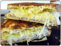 Sandwiches - Ham -  Ham And Cheddar-stuffed French Bread
