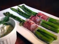 Vegetables - Asparagus Chilled With Garlic Dipping Sauce