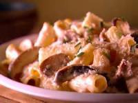 Vegetables - Rigatoni With Mushroom  Sauce