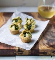 Vegetables - Spinach And Artichokes In Puff Pastry