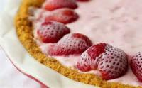 Pies - Strawberry -  Frozen Strawberry Pie