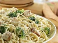 Poultry - Chicken -  Low-fat Fettuccine Alfredo With Chicken And Broccoli
